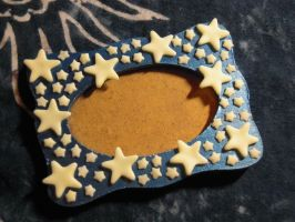 Picture frame: stars by REDDISH-MUSE
