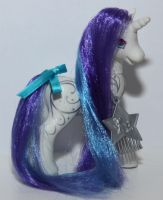 Diamond Swirl by SilverMoonbreeze
