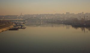Foggy Belgrade by rafinerija