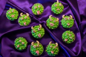 Monster Cupcakes by Mademoiselle-Moder