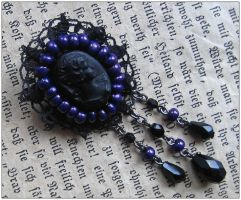 Victorian brooch by monashierogliphica