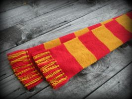 A Harry Freakin' Potter Scarf by TheSuzieBlue
