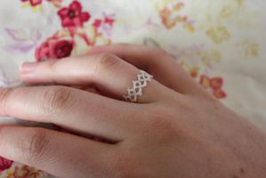 Tatted ring by jolieke10