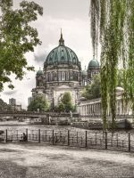 Berlin Dom - Friedrichs Bridge by pingallery