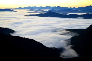 sea of clouds by BCMountainClimber