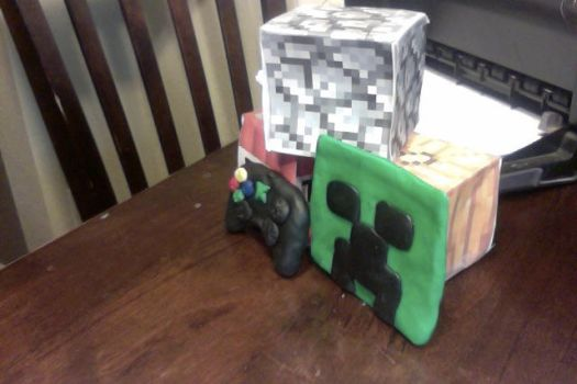 clay creeper and xbox controller by FullMetalAustin