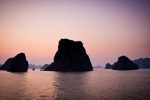 Ha Long Bay Sunset by PeteLatham