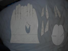 Glove patterns by Bisected8