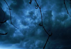 Thunderstorm by icchy92