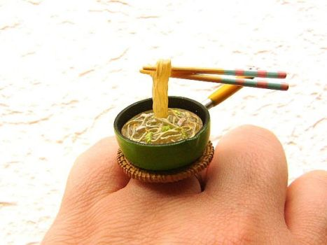 Fried Noodle Ring by souzoucreations