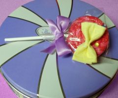 lollipop ribbon brooch pin by missyellowlove