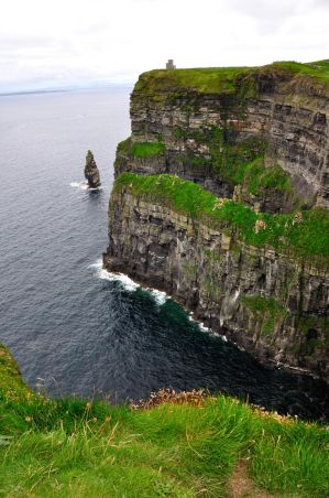 Cliffs of Moher by dcheeky