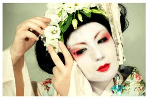 Geisha OO8 by EmbryonalBrain