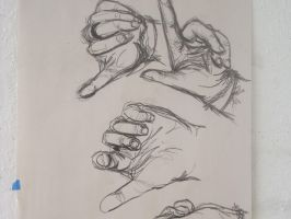 Drawing my hand by sapphiresky1410
