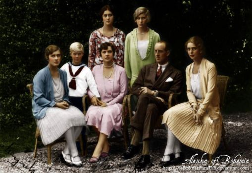 Prince Philip with his family by VelkokneznaMaria