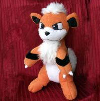 growlithe Plush toy by gamef0x
