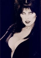 Elvira portrait by ArtNomad