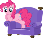 Pinkie Pie is Paying Attention by TryHardBrony
