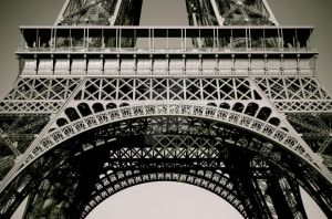Eiffel Platform by beautifulblood