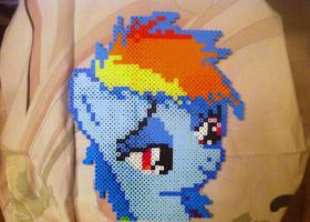 Perler Rainbow Dash by GeneralHound