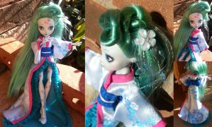 Monster High Custom, Peach Blossom by simplysteffie