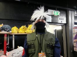 Kakashi cosplayer by mephilesxdarkness