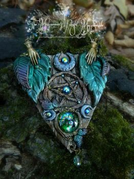 Woodland Witch planchette necklace by EMasqueradeGallery