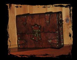 leather case bark style by Lagueuse