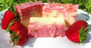 Strawberry Swirl Handmade Soap by cleangreenbunny