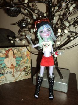 OOAK Monster High Repaint: Twyla 2 by jlaynaeb