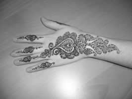 Mehendi IX by Of-Heliotropes