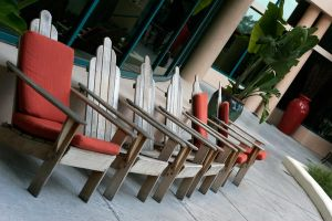 Chairs by BLTe