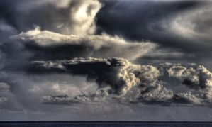storm at the sea by txay
