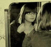 Mirror, tell me who I am by au-bout-de-mes-reves