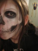 skull face paint by LuckyPuppy625