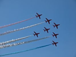 Red Arrows Sywell 2012 by davepphotographer