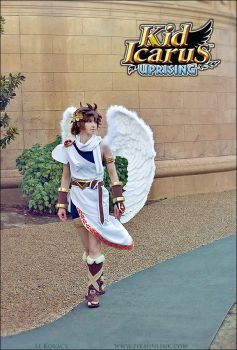 Pit - Kid Icarus Uprising - Nintendo by LiKovacs