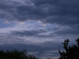 sky hurted... by HirOinEvOl