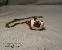 Guinea pig necklace by Wildyfraise