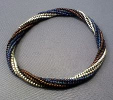 Twisted Herringbone Bangle Tut by beadg1rl