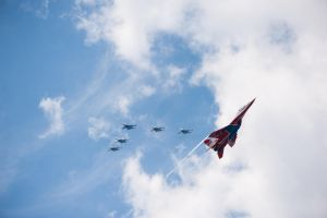 The Russian Knights and The Swifts by snolover