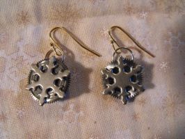 Snowflake Clockgear Earrings by FireFiriel