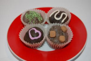 Pralines chocolates by knil-maloon