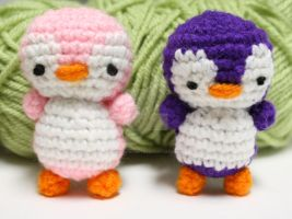 tiny penguins 4 yay by tinyowlknits
