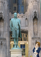 Nathan Hale and his Statue... by JadeRaven93