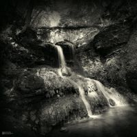 Waterflow by DREAMCA7CHER