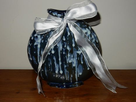 Pottery: Shower of Lights Vase. by WolfWarrior9