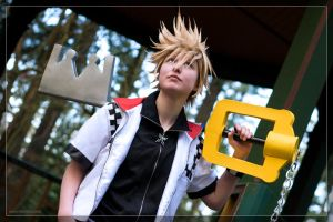 Twin as Roxas by Weatherstone