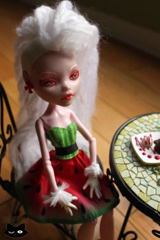 Dolls - Devilia Stooth by blk-kitti