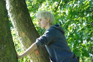 Jack Frost - Climbing Trees by xiii-wings